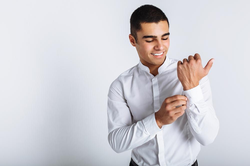 HUBER-Hemden mit Stehkragen in vielen Variationen - ein Klassiker