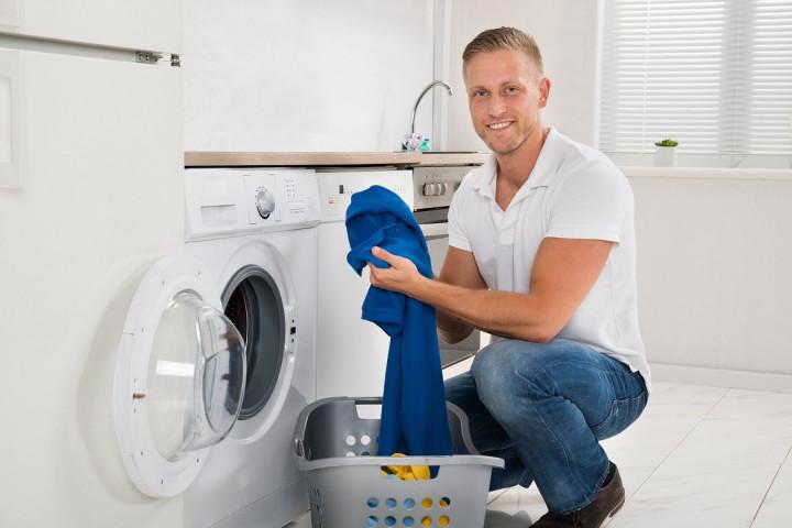 Herrenhemden-richtig-waschen
